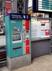 Fahrkartenautomat im Frankfurter Hauptbahnhof.